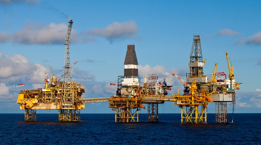 The British government outlined an agreement with the fossil fuel industry to move away from extracting oil and gas from waters around the UK.